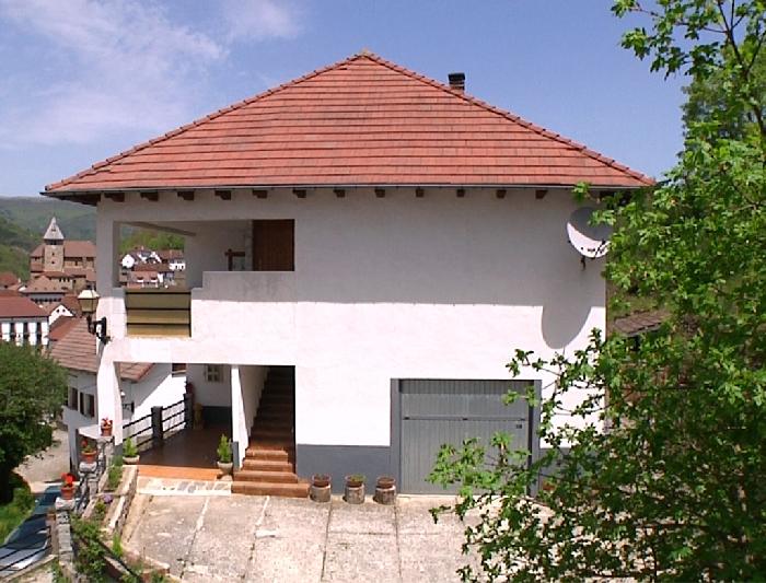 Casa Exterior Zona de Aparcamiento